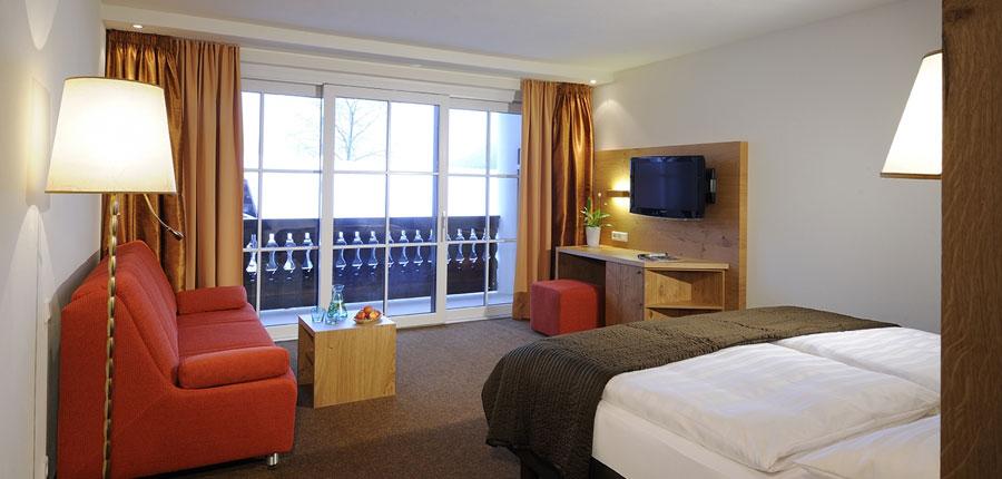 Hotel Saalbacherhof, Saalbach, Austria - junior suite.jpg